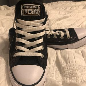 Ladies sequin Converse low top lace up